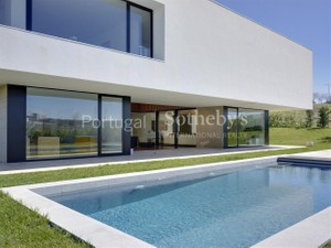 Additional photo for property listing at Detached house, 5 bedrooms, for Sale Oeiras, Lisboa Portugal