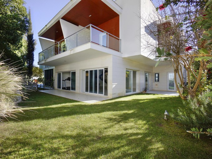 Einfamilienhaus for sales at House, 4 bedrooms, for Sale Bicuda, Cascais, Lissabon Portugal