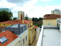 Apartman Dairesi for sales at Flat, 4 bedrooms, for Sale Monte Estoril, Cascais, Lisboa Portekiz