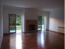 Apartamento for sales at Flat, 3 bedrooms, for Sale Guia, Cascais, Lisboa Portugal