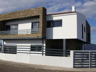 Maison unifamiliale for sales at Semi-detached house, 2 bedrooms, for Sale Sintra, Lisbonne Portugal
