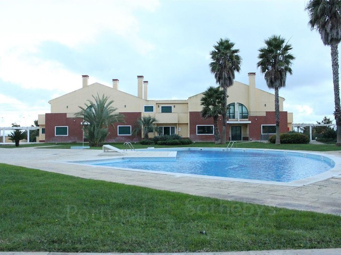 Vivienda unifamiliar for sales at House, 5 bedrooms, for Sale Cascais, Lisboa Portugal