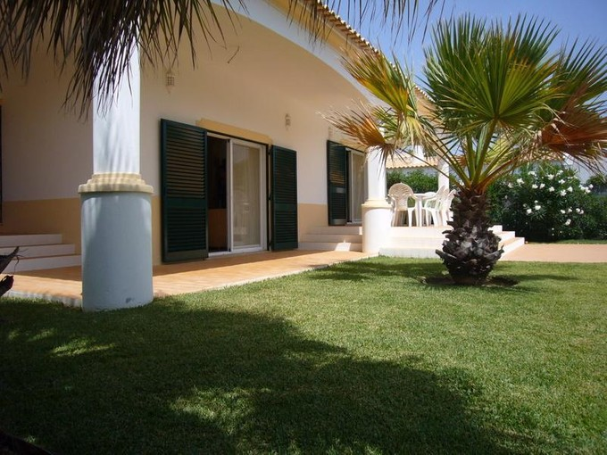 Maison unifamiliale for sales at House, 4 bedrooms, for Sale Albufeira, Algarve Portugal