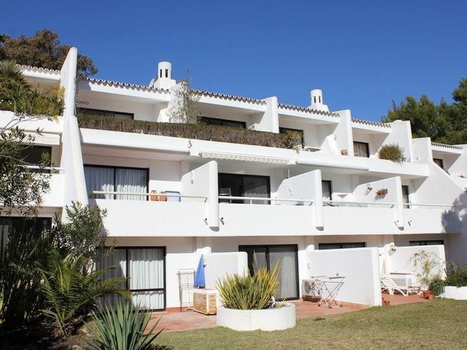 Wohnung for sales at Flat, 1 bedrooms, for Sale Loule, Algarve Portugal