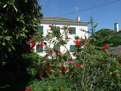 Частный односемейный дом for sales at House, 4 bedrooms, for Sale Parede, Cascais, Лиссабон Португалия