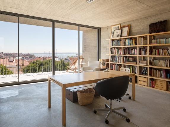 Single Family Home for sales at Apartment Floor Dwelling, 5 bedrooms, for Sale Estrela, Lisboa, Lisboa Portugal