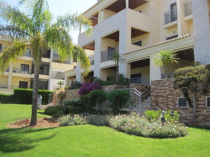 Apartment for sales at Flat, 2 bedrooms, for Sale Loule, Algarve Portugal