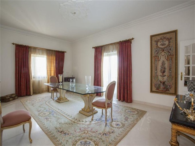 獨棟家庭住宅 for sales at House, 7 bedrooms, for Sale Restelo, Lisboa, 葡京 葡萄牙