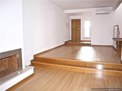 Casa Unifamiliar for sales at Terraced house, 5 bedrooms, for Sale Oeiras, Lisboa Portugal