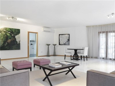 公寓 for sales at Flat, 4 bedrooms, for Sale Campo De Ourique, Lisboa, 葡京 葡萄牙