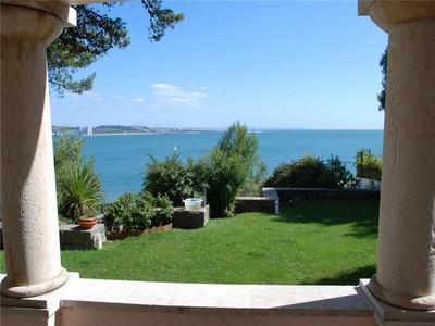Casa para uma família for sales at House, 4 bedrooms, for Sale Caxias, Oeiras, Lisboa Portugal