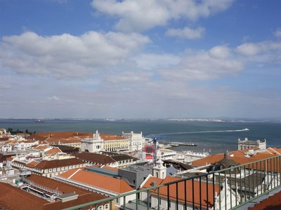 Квартира for sales at Flat, 1 bedrooms, for Sale Chiado, Lisboa, Лиссабон Португалия
