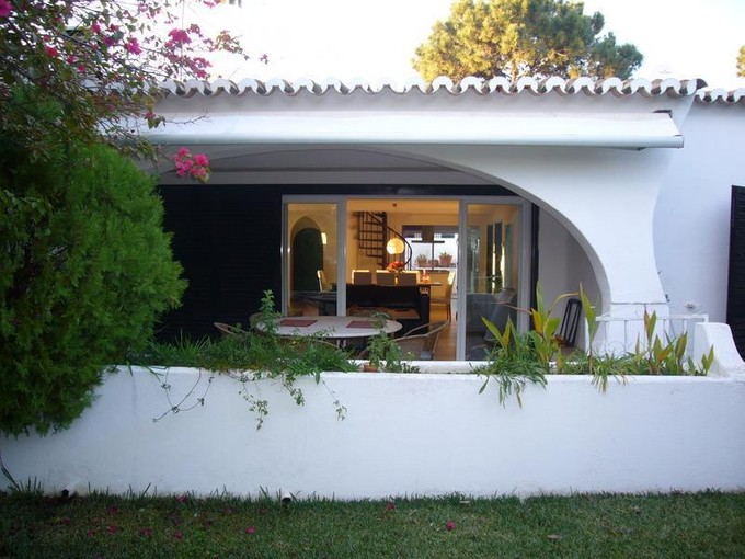 Casa Unifamiliar for sales at House, 3 bedrooms, for Sale Loule, Algarve Portugal