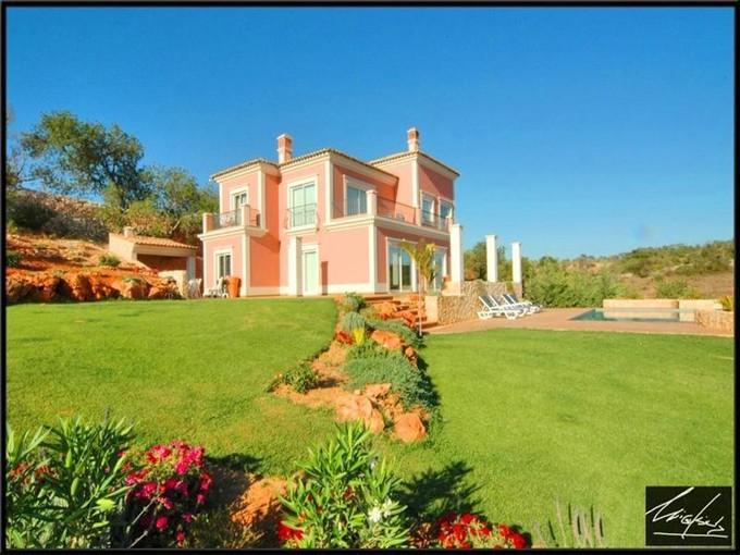 Vivienda unifamiliar for sales at House, 4 bedrooms, for Sale Silves, Algarve Portugal