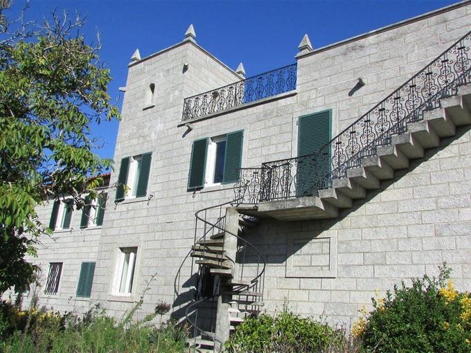 Casa para uma família for sales at Scrapped Building for Sale Cascais, Lisboa Portugal