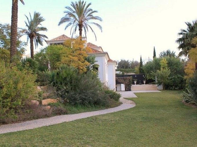 Maison unifamiliale for sales at House, 5 bedrooms, for Sale Loule, Algarve Portugal