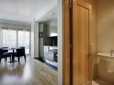 公寓 for sales at Flat, 2 bedrooms, for Sale Campolide, Lisboa, 葡京 葡萄牙