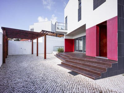 Casa para uma família for sales at House, 3 bedrooms, for Sale Alcabideche, Cascais, Lisboa Portugal