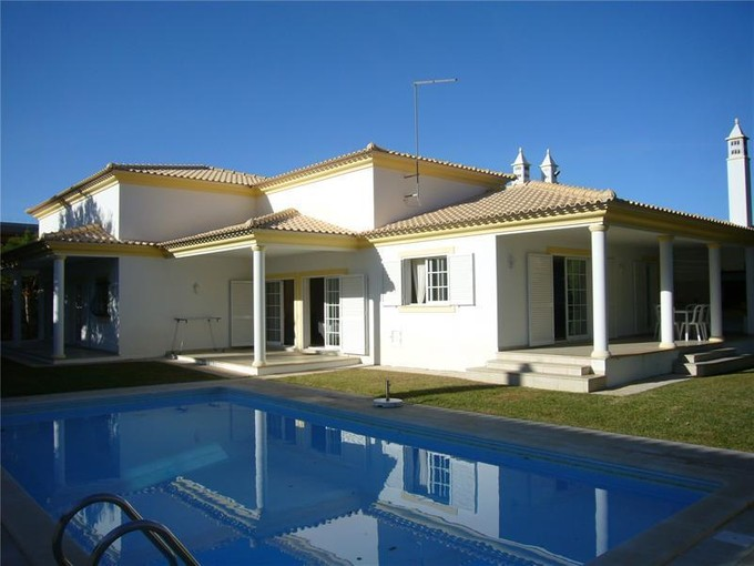Single Family Home for sales at House, 3 bedrooms, for Sale Albufeira, Algarve Portugal