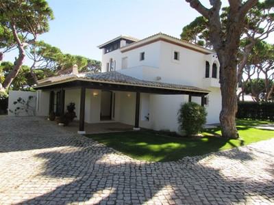 Villa for sales at Detached house, 4 bedrooms, for Sale Albufeira, Algarve Portogallo