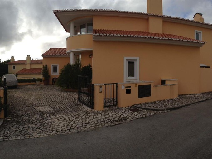 Einfamilienhaus for sales at House, 2 bedrooms, for Sale Sintra, Lissabon Portugal