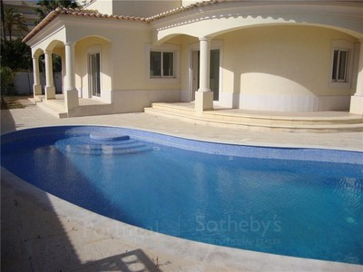 Casa para uma família for sales at House, 4 bedrooms, for Sale Albufeira, Algarve Portugal