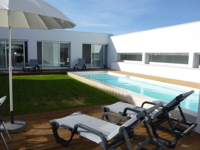 Moradia for sales at House, 4 bedrooms, for Sale Sesimbra, Sesimbra, Setubal Portugal
