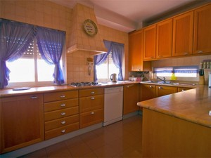 Additional photo for property listing at Flat, 4 bedrooms, for Sale Guia, Cascais, Lisboa Portugal