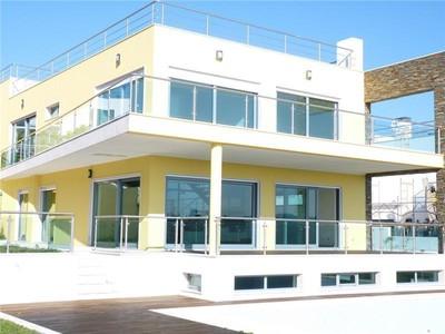 Casa para uma família for sales at House, 5 bedrooms, for Sale Queijas, Oeiras, Lisboa Portugal
