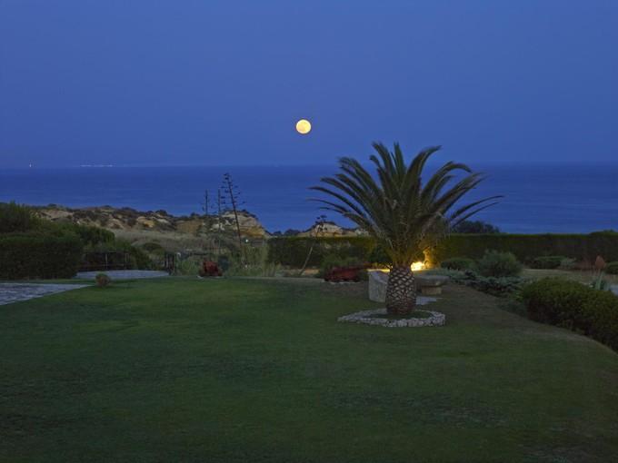 Einfamilienhaus for sales at Detached house, 8 bedrooms, for Sale Albufeira, Algarve Portugal