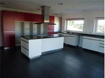 Nhà ở một gia đình for sales at House, 6 bedrooms, for Sale Queijas, Oeiras, Lisboa Bồ Đào Nha