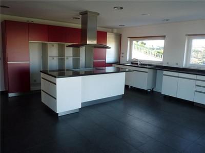 Casa para uma família for sales at House, 6 bedrooms, for Sale Queijas, Oeiras, Lisboa Portugal
