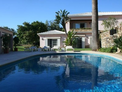 Частный односемейный дом for sales at House, 4 bedrooms, for Sale Alcabideche, Cascais, Lisboa Portugal