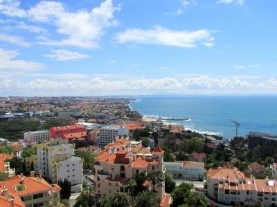 Appartamento for sales at Flat, 4 bedrooms, for Sale Monte Estoril, Cascais, Lisbona Portogallo