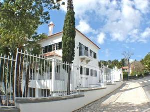 Casa para uma família for Vendas at House, 8 bedrooms, for Sale Estoril, Cascais, Lisboa Portugal