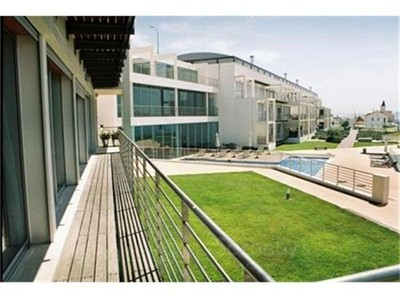 Apartamento for sales at Flat, 4 bedrooms, for Sale Alto Sta Catarina, Oeiras, Lisboa Portugal