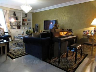 Appartement for sales at Flat, 4 bedrooms, for Sale Avenidas Novas, Lisboa, Lisbonne Portugal