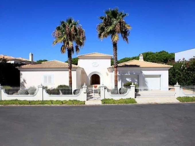 独户住宅 for sales at House, 4 bedrooms, for Sale Loule, Algarve 葡萄牙