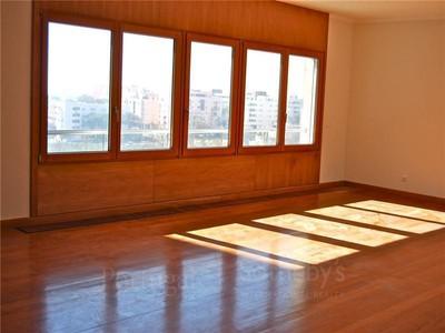 아파트 for sales at Flat, 4 bedrooms, for Sale Restelo, Lisboa, 리스보아 포르투갈