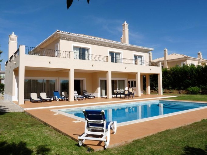 一戸建て for sales at Detached house, 4 bedrooms, for Sale Loule, Algarve ポルトガル