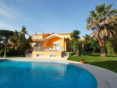 Casa Unifamiliar for sales at House, 5 bedrooms, for Sale Bicuda, Cascais, Lisboa Portugal