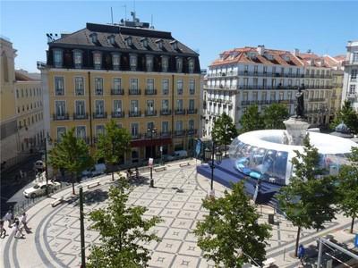 Apartman Dairesi for sales at Flat, 2 bedrooms, for Sale Chiado, Lisboa, Lisboa Portekiz