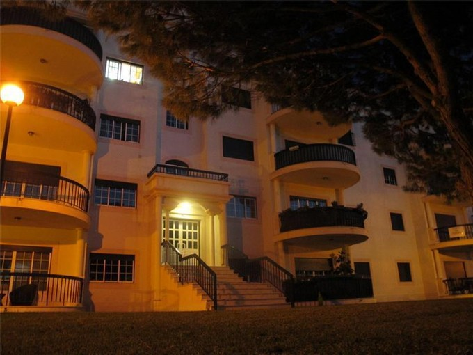 Apartment for sales at Flat, 5 bedrooms, for Sale Estoril, Cascais, Lisboa Portugal