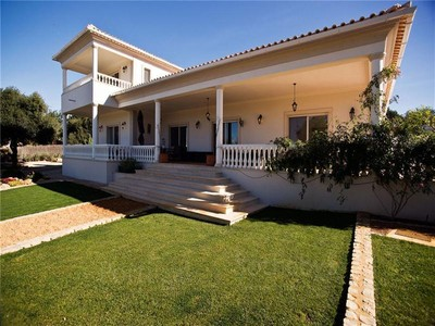 Moradia for sales at Detached house, 5 bedrooms, for Sale Loule, Algarve Portugal