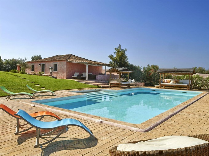 Farm / Ranch / Plantation for sales at Farm, 9 bedrooms, for Sale Loule, Algarve Portugal