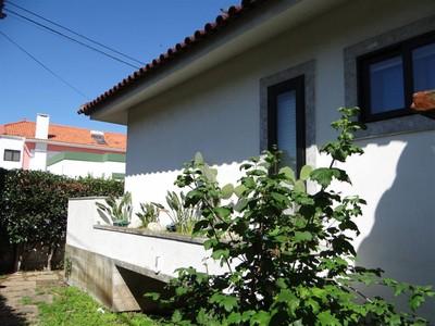 Villa for sales at House, 6 bedrooms, for Sale Oeiras, Lisbona Portogallo