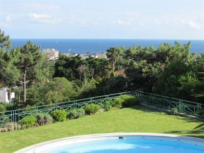 Частный односемейный дом for sales at House, 6 bedrooms, for Sale Estoril, Cascais, Лиссабон Португалия