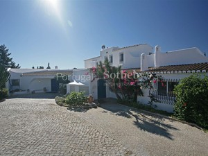 Additional photo for property listing at House, 5 bedrooms, for Sale Albufeira, Algarve ポルトガル