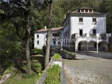 Property Of Farm, 9 bedrooms, for Sale