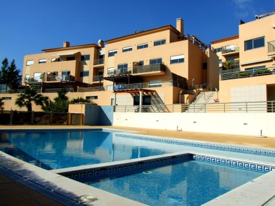 Appartamento for sales at Flat, 4 bedrooms, for Sale Amoreira, Cascais, Lisbona Portogallo